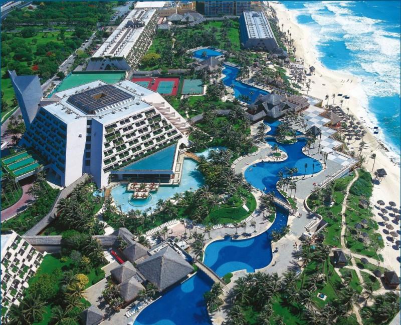 Оазис Канкун. Мексика