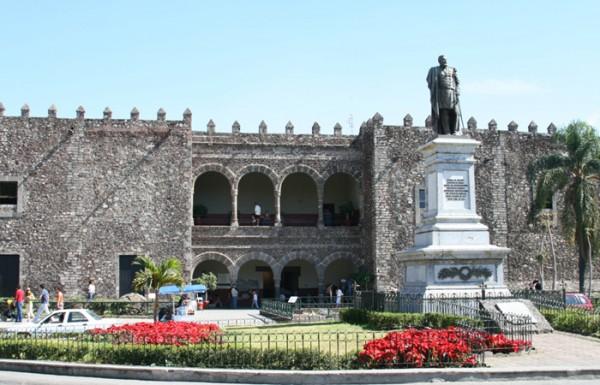 Мехико дворец Кортеса