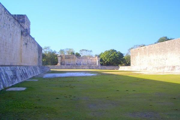 Главное поле для игры в мяч, Мексика