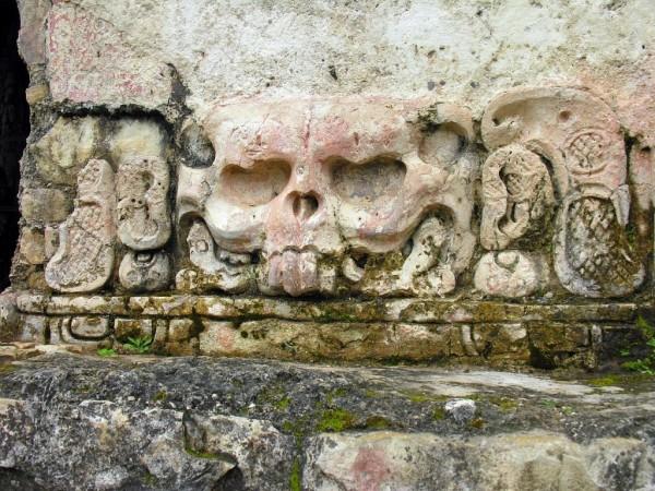 Храм Черепов, Мексика