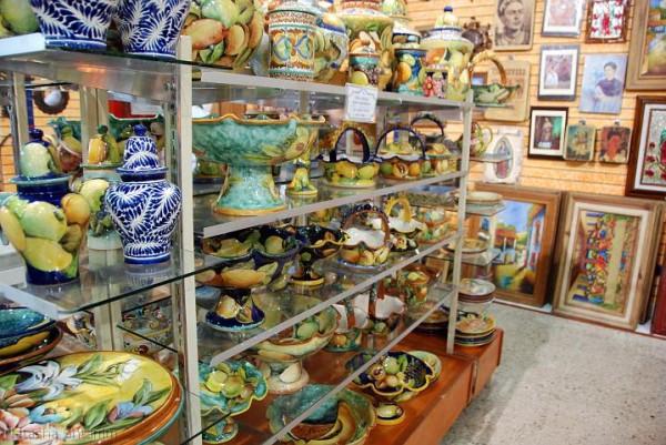 сувенирные лавочки Канкуна
